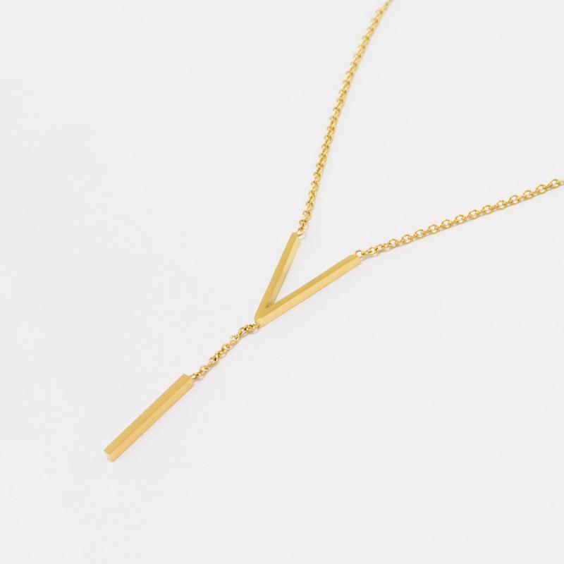 TRIMA-V NECKLACE GOLD